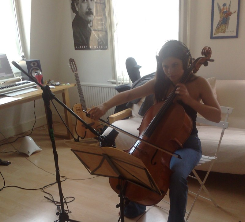 Evva online session cellist
