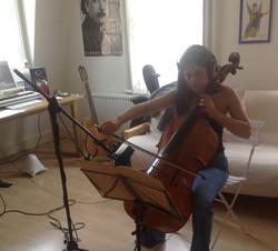 Evva online session cellist