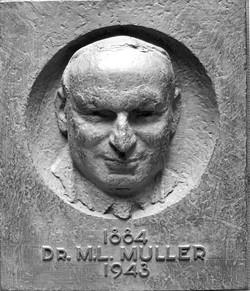 PO102 Dr.M.L.Muller