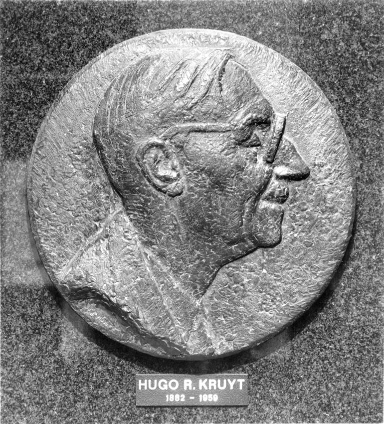 PO183 Prof.dr.Hugo R. Kruyt (reliëf)