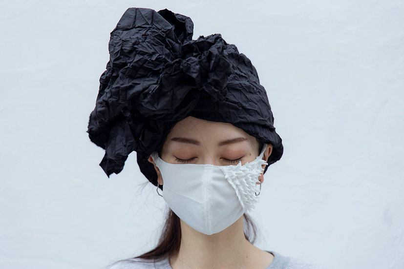 Thin polyester mask