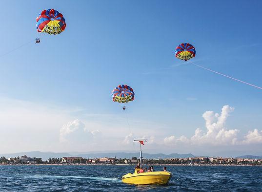 parachute--3.jpg
