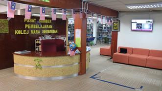 Library kaunter.JPG