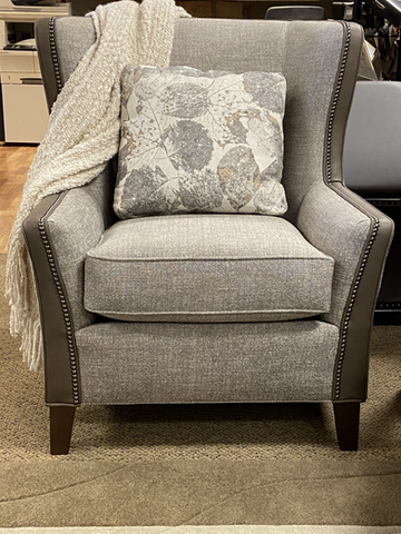 Smith Brothers - 825 Chair