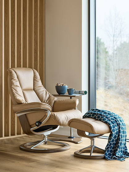 The gift that keeps on giving. From the second you meet, the Stressless® Live will become your favorite chair. The Stressless® Live provides an extra emphasis on the padding element, which embraces you from the moment you sit down until the moment you get up – although you probably won't want to. The Stressless® Live recliner design is available in multiple versions, leathers, and sizes, customize your own today at Furniture Solutions in Appleton, WI.