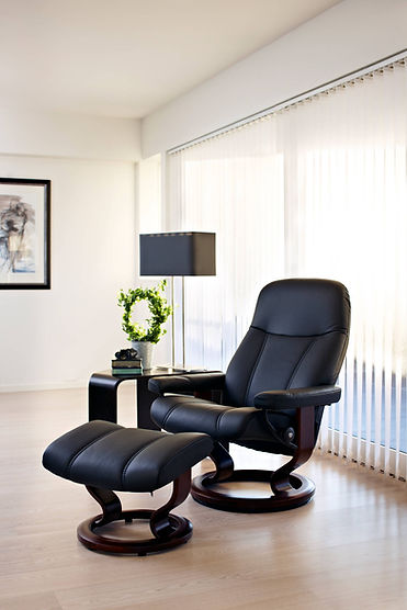 Everybody deserves a soft place to land at any point in their day. Stressless® Consul is a classic recliner, with an emphasis on the classic. It fits easily into any home and will always give you a warm welcome. Like all other Stressless® recliners, it contains the world renowned Stressless® functionality and you become one with the chair the minute you sit down. The Stressless® Consul recliner design is available in multiple versions, leathers, and sizes, customize your own today at Furniture Solutions in Appleton, WI.