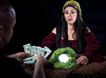 3 Ways to Get Ripped Off With the Worst Psychic Reading