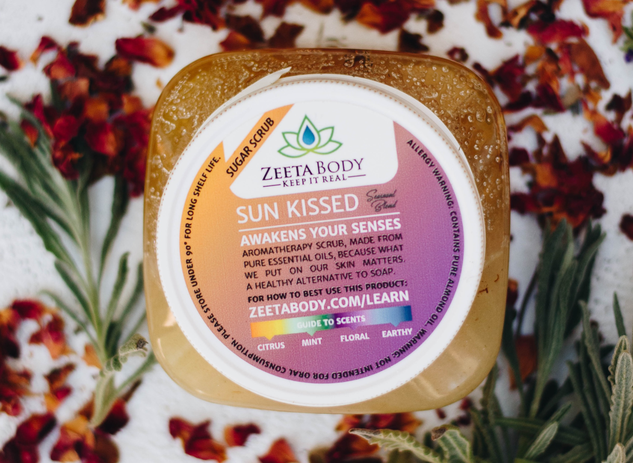 Zeeta Body - Sugar Scrub, essential oils