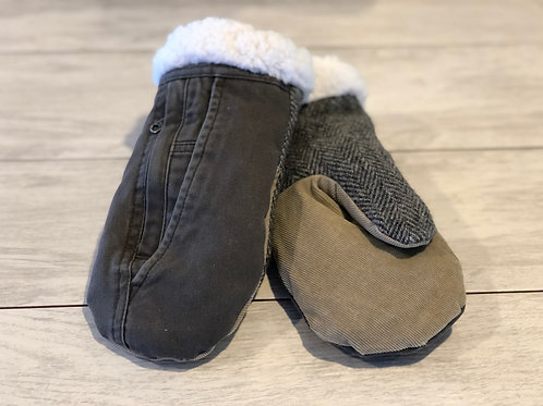 Adult Medium Jean Sweater Mittens