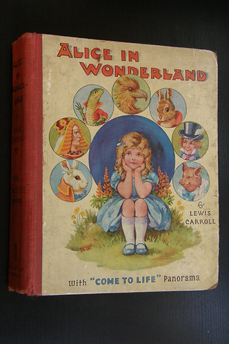 Alice in Wonderland with 'Come To Life' Panorama