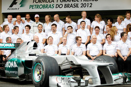 Mercedes F1 Team Pic