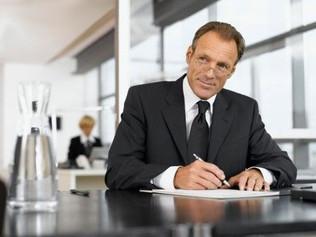 Trascendere: il miglior investimento per gli affari e l'industria