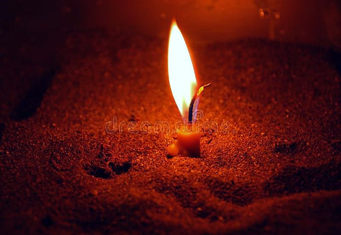 candle-light-4885138_edited.jpg
