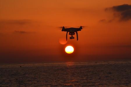 drone-2219238_1920-1.jpg