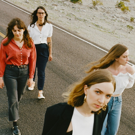 Rock del bueno desde Londres gracias al cuarteto femenino: The Big Moon, conócelas