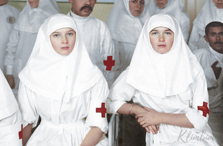 grand-duchesses-olga-and-tatiana-romanov