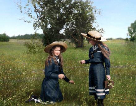 grand-duchesses-maria-and-anastasia-roma