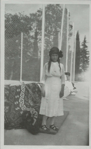 Album of Olga Nikolaevna 1913-1914439.jp