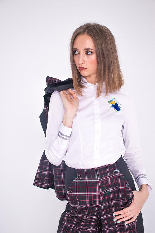 Блузка с жуком