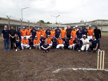 El equipo de cricket del Vaticano jugó con presos argentinos