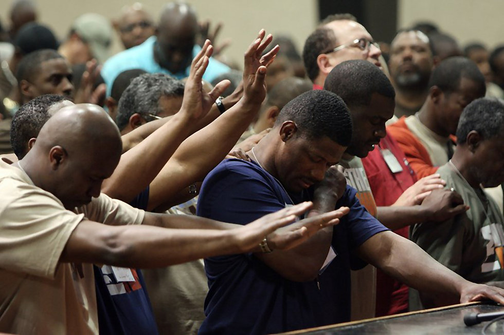 men worshipping 3_InPixio.jpg