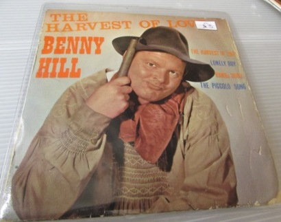 BENNY HILL THE HARVEST OF LOVE EP