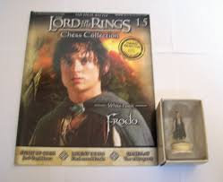 LORD OF THE RINGS CHESS PIECE FRODO 15