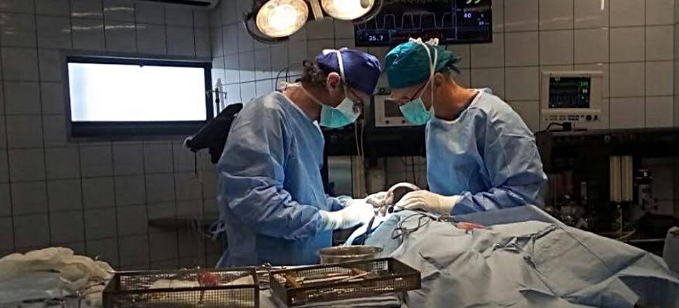 """ד""""ר יונתן שני בניתוח נירולוגי"""