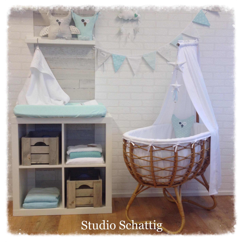 babykamer met wieg