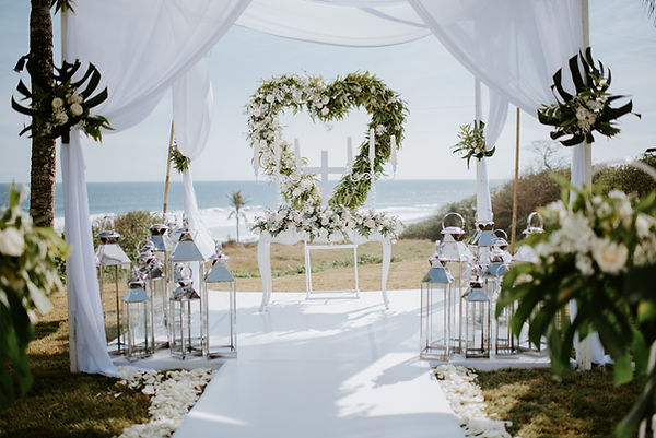 Wedding arch and flowers setup