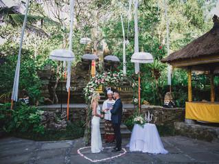 Small ceremony in Ubud