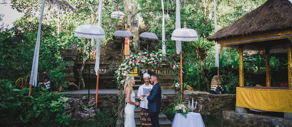 Small ceremony in Ubud