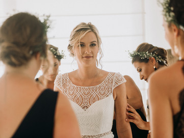 candid moment of the bride preparation