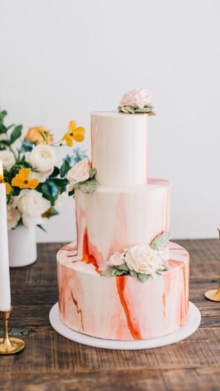Wedding cake - mirror glaze with buttercream flowers