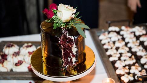 Cutting cake and dessert bar