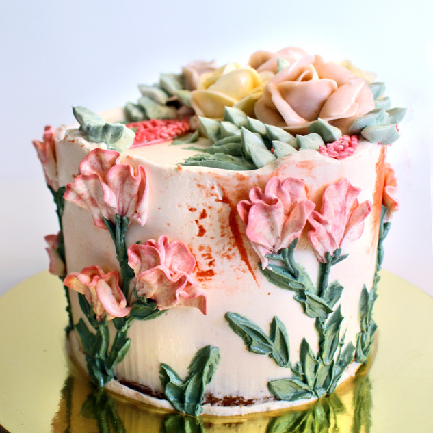 Palette knife flowers cake