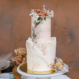 Elopement mini 2 tier, buttercream flowers and dried greenery