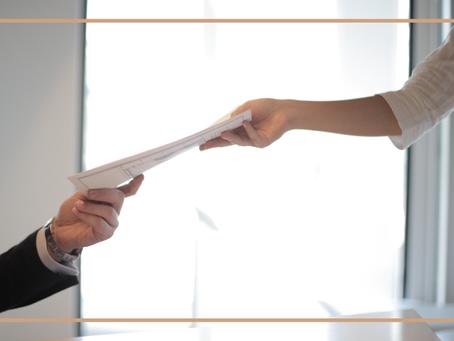 Tabelião, corretor e banco devem indenizar vítima de fraude imobiliária