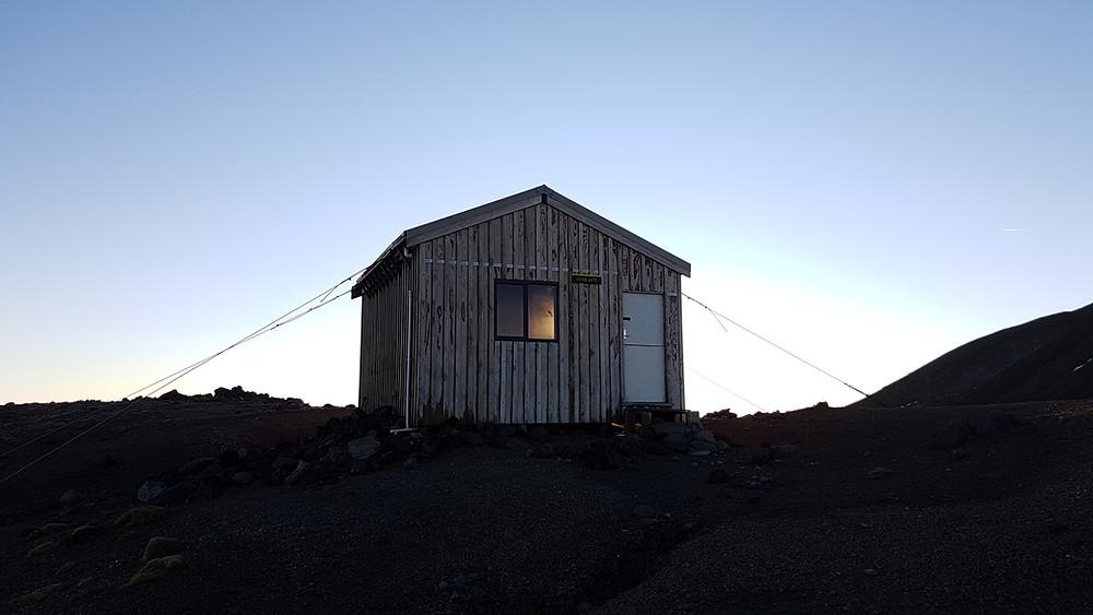 backcountry hut on fanthams peak taranaki