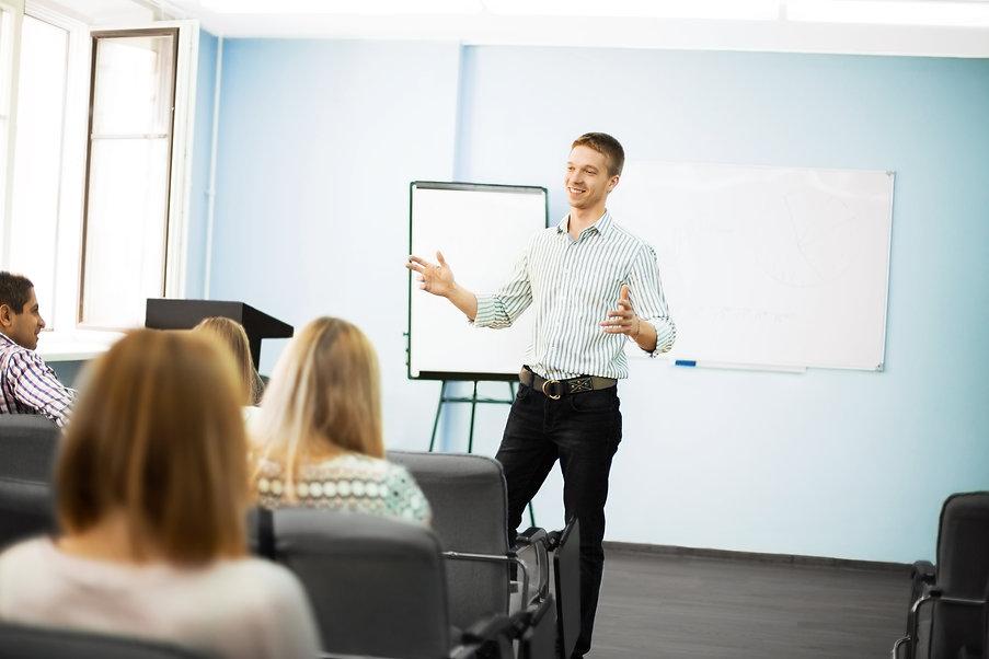 businessman-giving-presentation-on-flipc