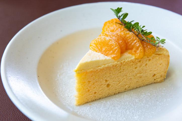 Gluten-free orange cakes