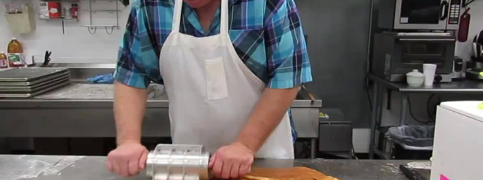 Doughboys Donuts making apple fritters
