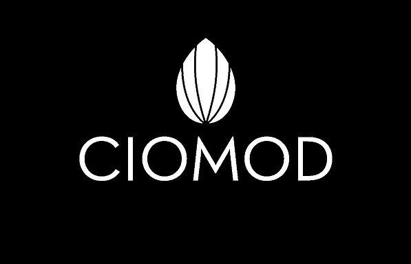 black ciomod.jpg