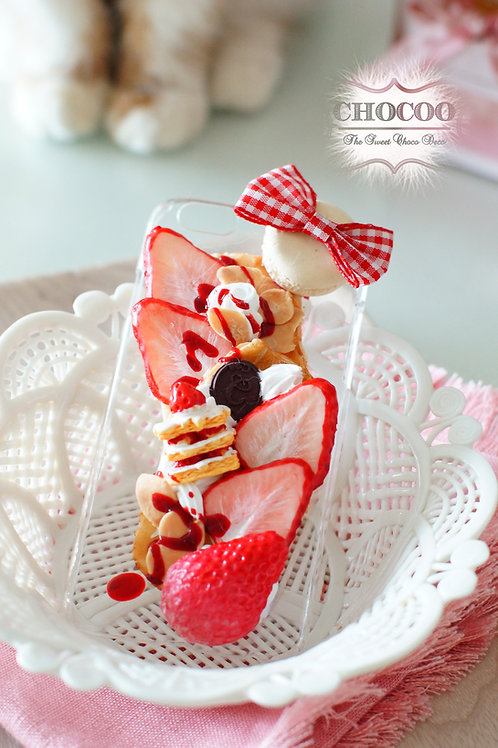 Strawberry Mille-feuille Whip
