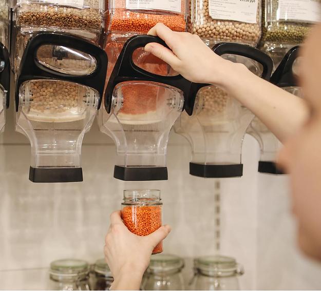 Le Local, une épicerie et 2 magasins à Annecy avec des produits locaux et bio en vrac, zéro déchet (alimentation, fruits, légumes, entretien, hygiène).