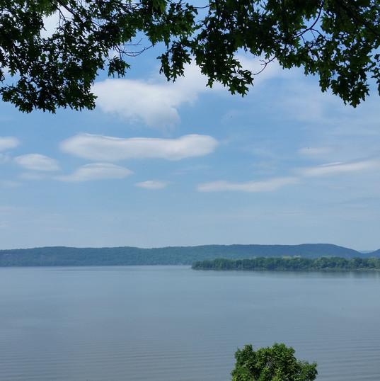 Hudson River 2.jpg