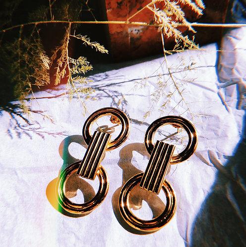 SIRAC earrings by Joliet