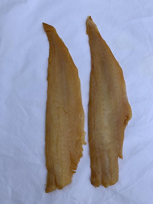 Natural Pale smoked haddock ( Melangius Aeglefinus ) 250g