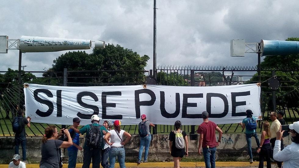 1200px-Venezuelan_Sit_In_Si_Se_Puede.jpg