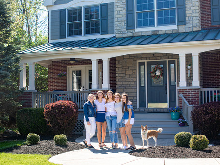 #TheFrontStepsProject - Cincinnati Family Portraits at Home for Realtor Michelle Hudepohl